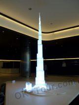 макет здания Бурдж-Халифа в Дубай-молле (ОАЭ)