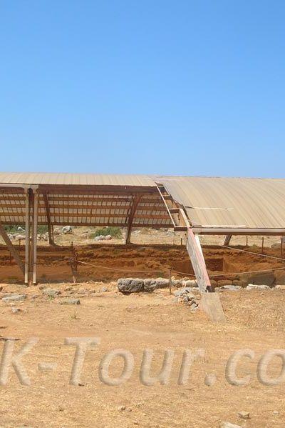 Церковь Святой Марии в Малии