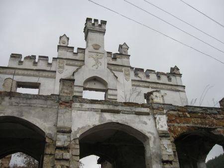 замок Монжене | достопримечательности Крыма | montgenet castle 02