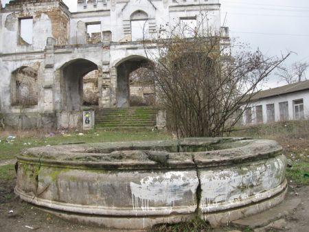 замок Монжене | достопримечательности Крыма | montgenet castle 03