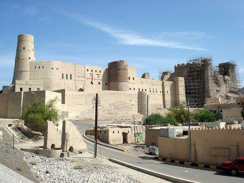 форт Бахла в Омане